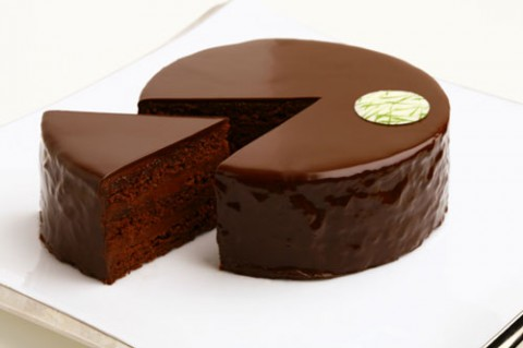 甘くとろける素敵な時間♪チョコレートケーキの種類をご紹介します♪のサムネイル画像