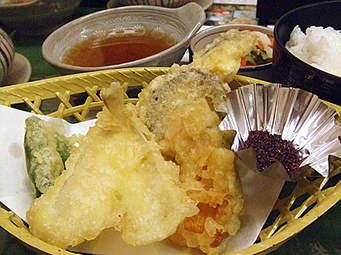 おうちでもお店のようなサクサクの天ぷらをつくるコツまとめのサムネイル画像