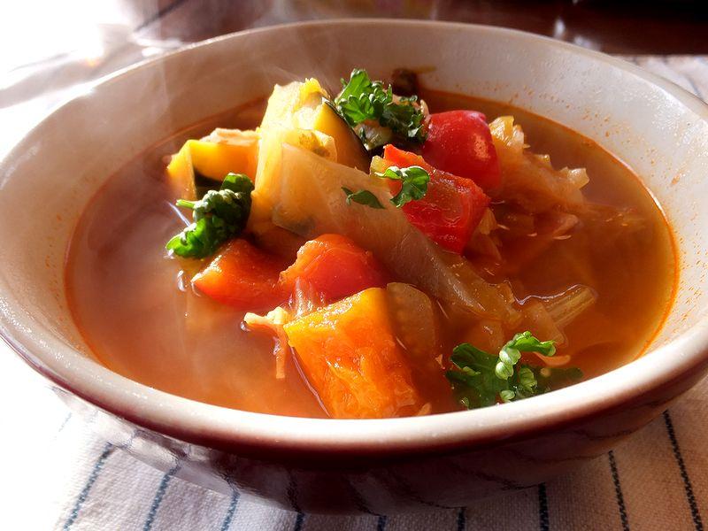 脂肪燃焼スープって?ダイエット効果抜群!脂肪燃焼スープのすすめのサムネイル画像