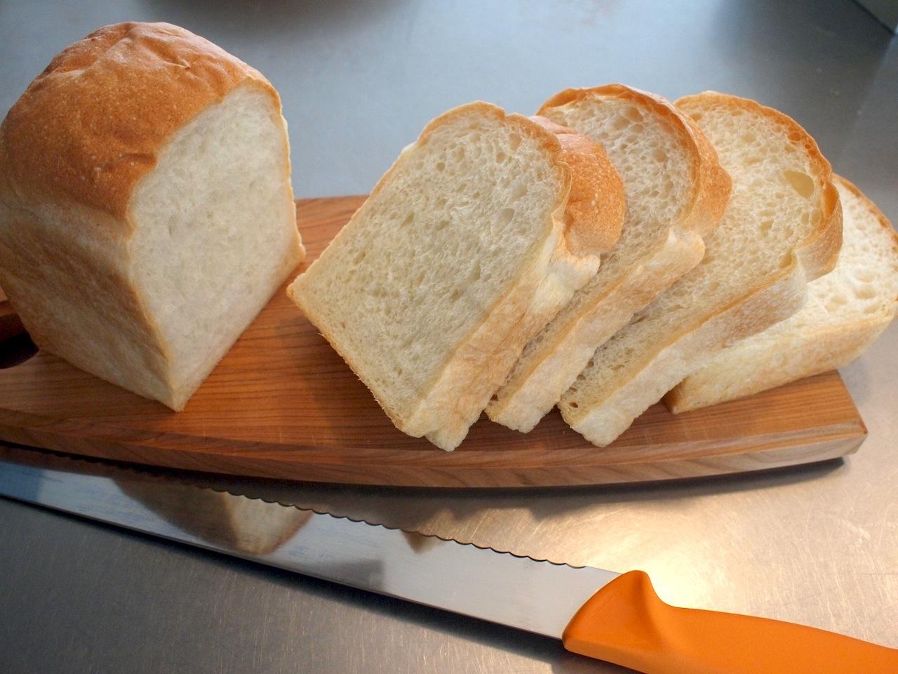 一度食べたらやめられない!贅沢食パンをランキングでご紹介しますのサムネイル画像