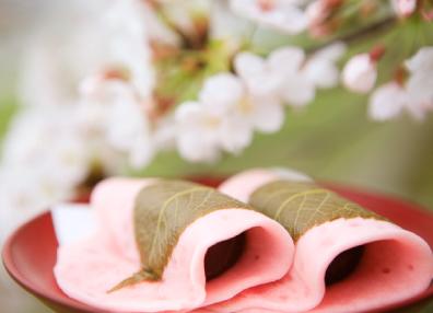これからの時期にぴったり!桜餅とその葉っぱのいい関係性♡のサムネイル画像