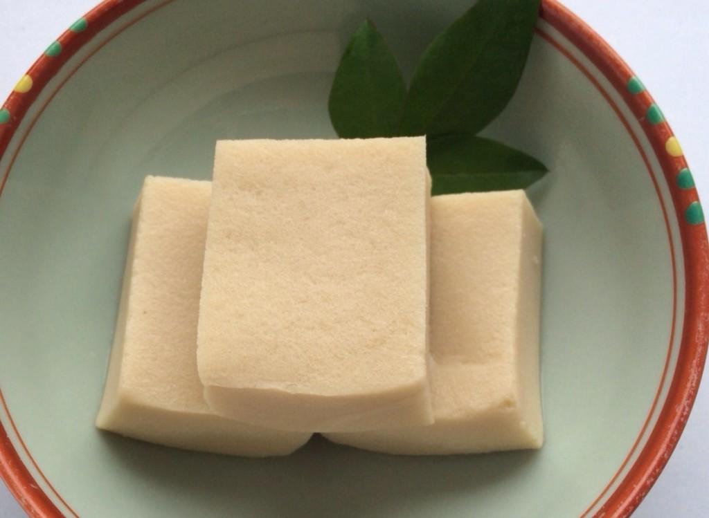 高野豆腐は美味しい?戻し方を覚えて美味しく調理!高野豆腐のすすめのサムネイル画像