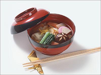 ご当地名産も入るお正月料理の定番「お雑煮」。関東はどんな感じ?のサムネイル画像