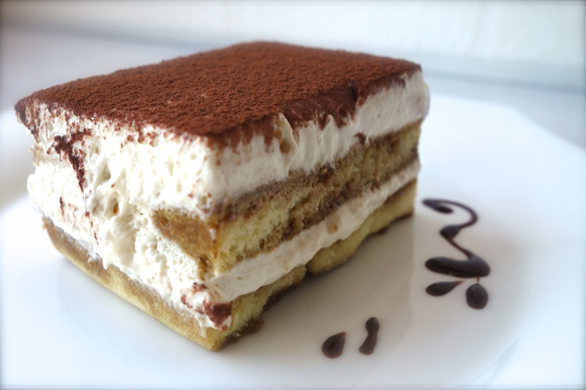 苦味とまろやかのティラミスのレシピと他の洋菓子カロリー比較のサムネイル画像