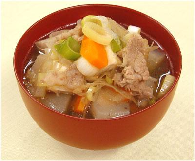 みんなが大好き豚汁!気になるカロリーとカロリーオフレシピ☆のサムネイル画像
