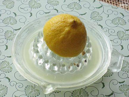 そのやり方、間違ってます。レモン果汁を無駄にしない絞り方のサムネイル画像