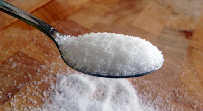 意外と知られていない?グラニュー糖とフツーの砂糖の違いとは?のサムネイル画像