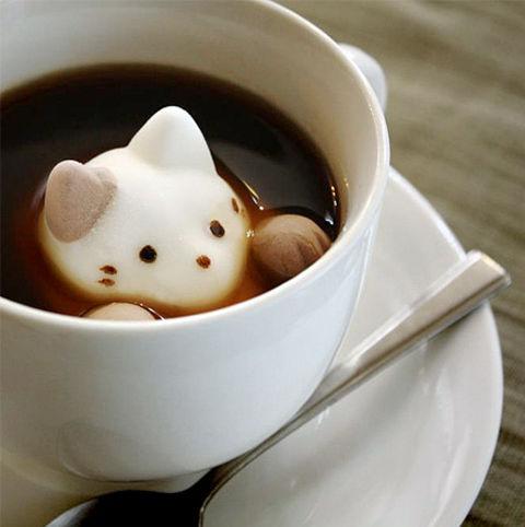 おいしくて見た目もほっこり♡マシュマロ入りのコーヒーをご紹介!のサムネイル画像