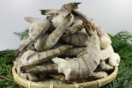 おうちで手軽にエビ料理を!冷凍エビの上手な解凍法と活用法のサムネイル画像