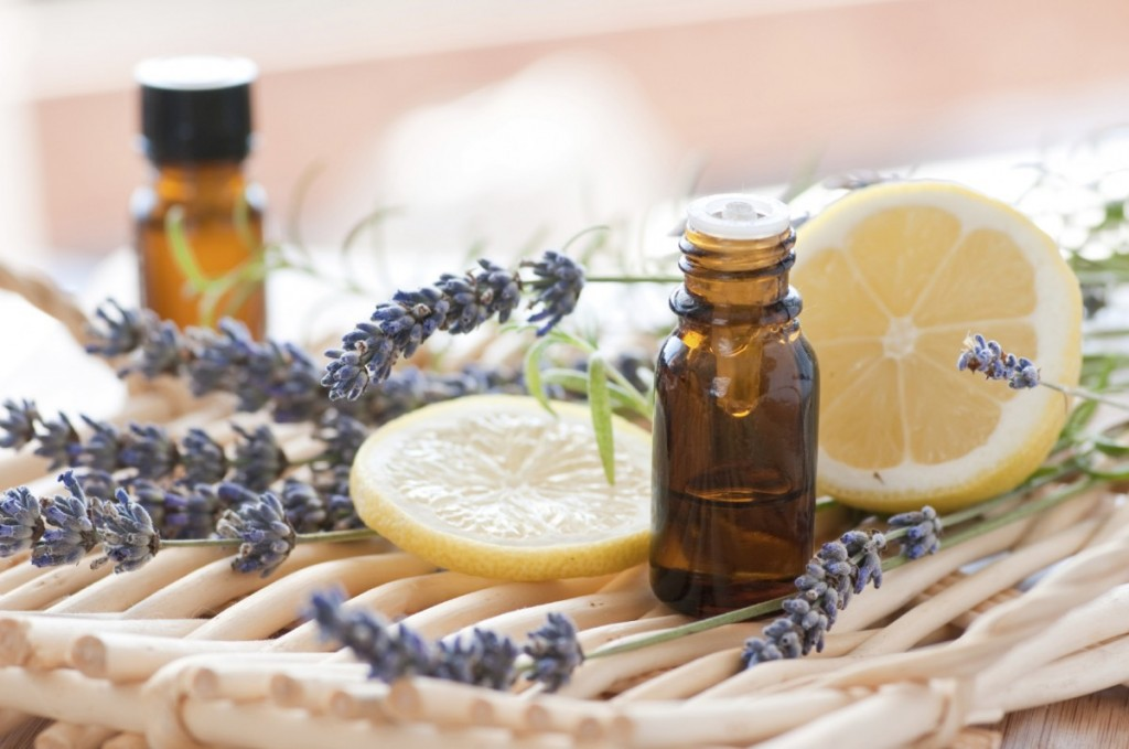 香りに癒されて…精油の効能であなたのお悩みを解決しちゃう!のサムネイル画像