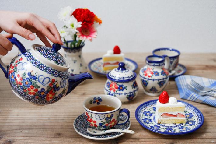 おしゃれに。優雅に。ティーポットの使い方をマスターして紅茶を是非のサムネイル画像