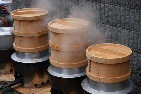 もち米をおいしく食べよう!色々なもち米の蒸し方をご紹介します。のサムネイル画像