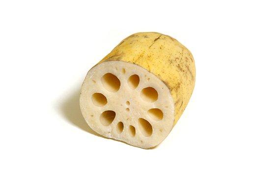 れんこんの旬とれんこんを使ったレシピを4つご紹介します!のサムネイル画像