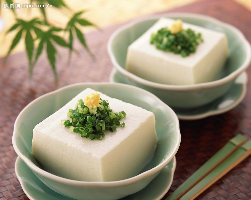 特徴を生かして様々な料理に用いたい、豆腐と関連品の種類のまとめのサムネイル画像