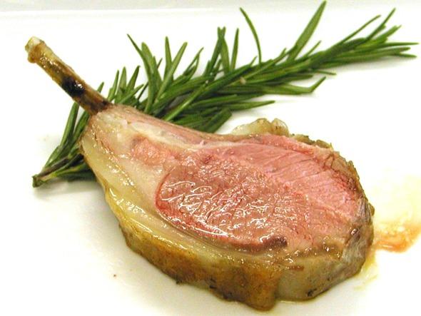 癖があるけど美味しく食べたい!ラム肉の焼き方についてまとめてみたのサムネイル画像