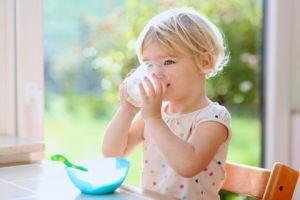 ママ気をつけて 軽視できない牛乳アレルギーの赤ちゃんへの対応のサムネイル画像