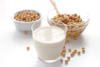 良質な植物性タンパク質がたっぷり!女性に嬉しい豆乳の効果のサムネイル画像