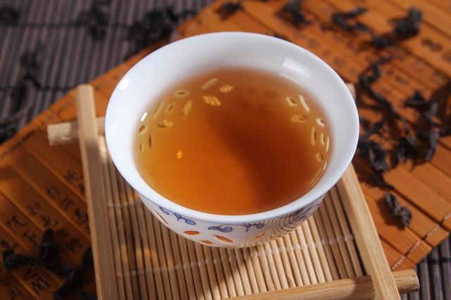 脂肪燃焼以外にもあった!ウーロン茶の効能・ダイエットのまとめのサムネイル画像