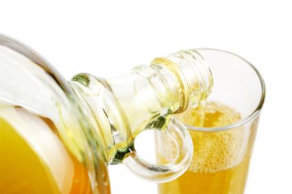 体の不調をリセット!夏バテにも効くお酢の効果を徹底解説。のサムネイル画像