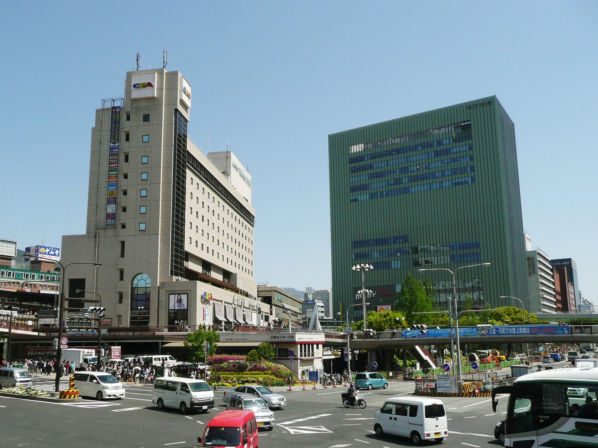 おしゃれな街神戸の中心、三宮で美味しいラーメンを食べよう!のサムネイル画像