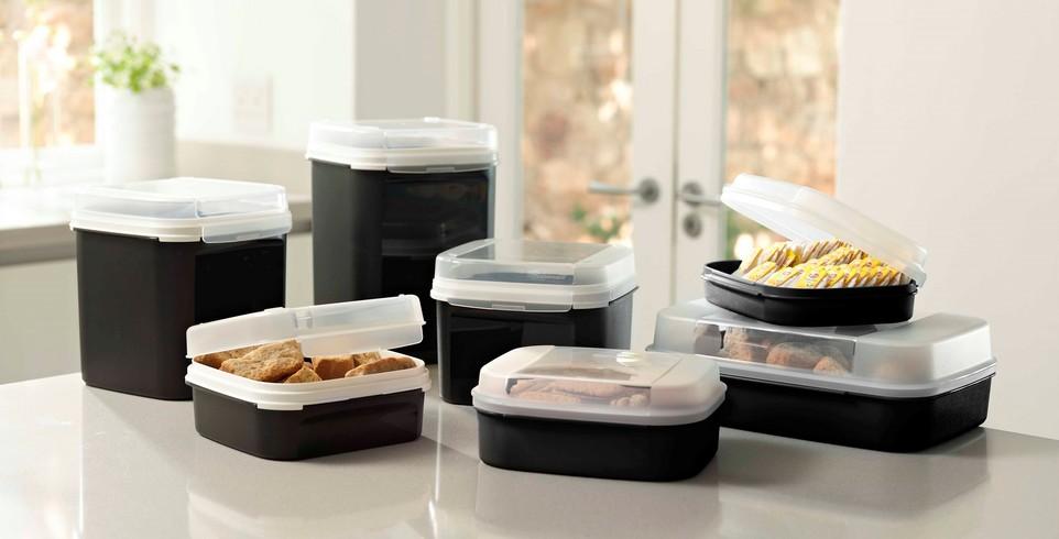 密封容器で有名なタッパーウェア社製品の便利な使い方まとめのサムネイル画像