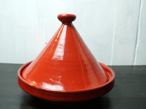 使い方次第でヘルシー料理に大活躍! タジン鍋の上手な使い方のサムネイル画像