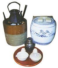 五徳には火鉢用と囲炉裏用があり、風炉用五徳、炉用五徳といいます。のサムネイル画像