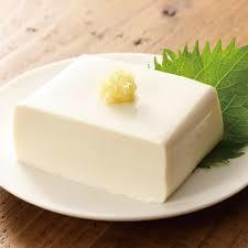 豆腐は冷凍できちゃうってホント?!冷凍豆腐で食感大変身♪のサムネイル画像