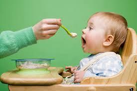 離乳食に味付けは必要ない?味付けと飽きない離乳食について。のサムネイル画像