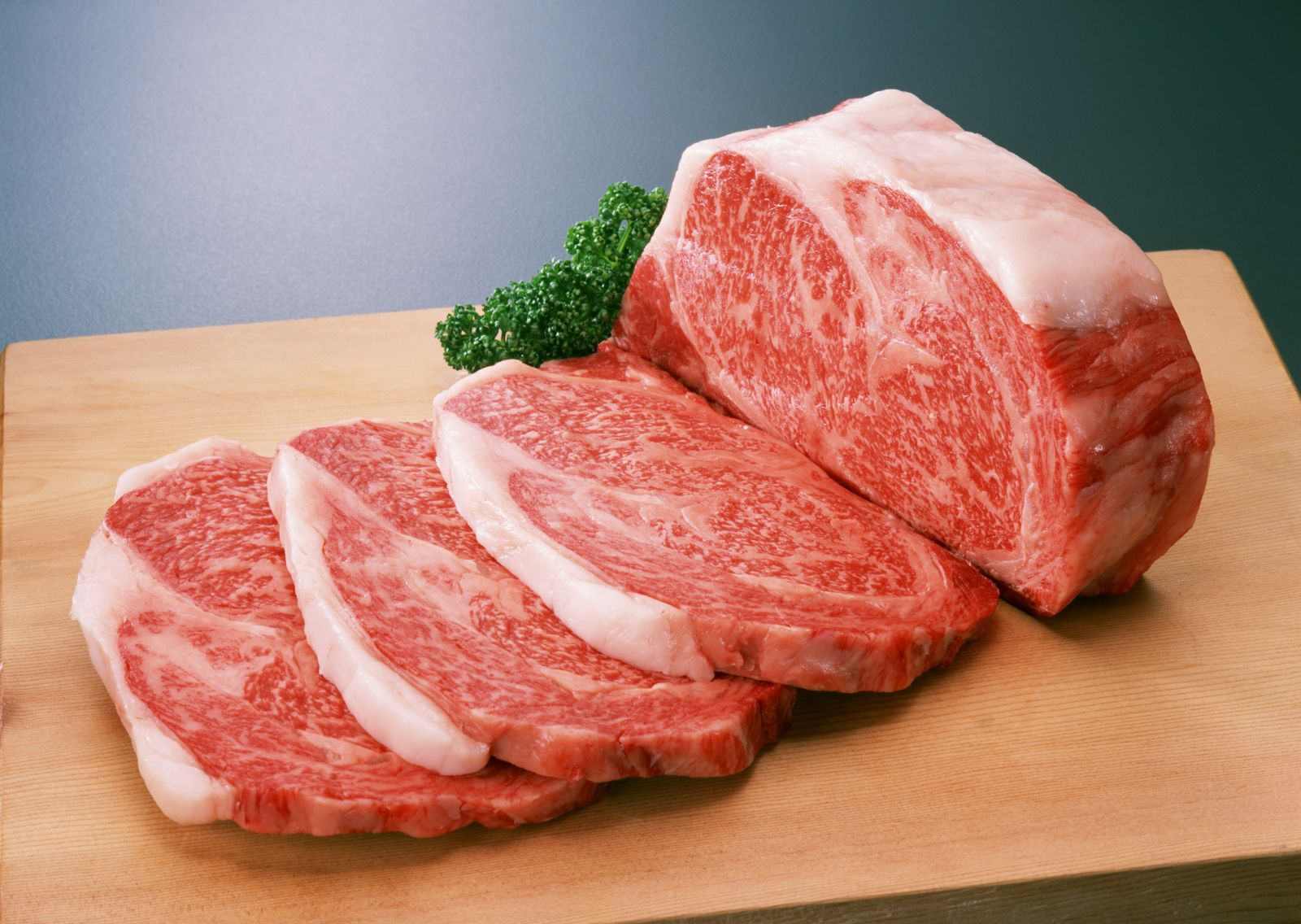牛肉アレルギーの危険性!気になる症状や検査方法をみてみようのサムネイル画像