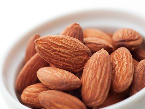 アーモンドアレルギーの危険性とは?症状や原因を明確にしようのサムネイル画像