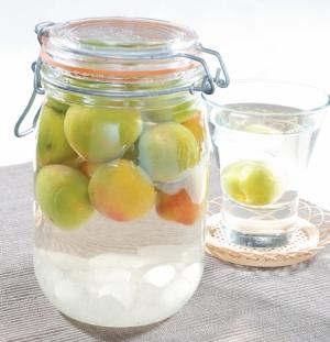 これからの季節に欲しくなる!手作りしたい梅シロップの賞味期限は?のサムネイル画像