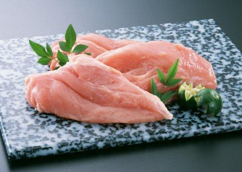 覚えてしまえば簡単!鶏ささみ肉の筋のとり方をご紹介します。のサムネイル画像