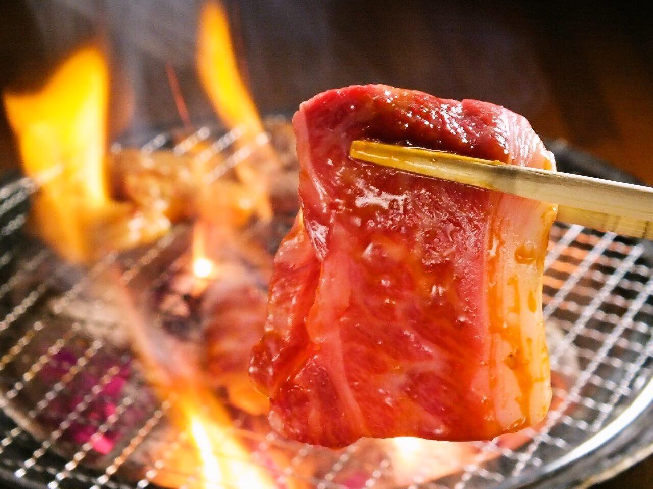 焼肉にもみだれをする必要性と種類、他の料理に使える意外性のサムネイル画像