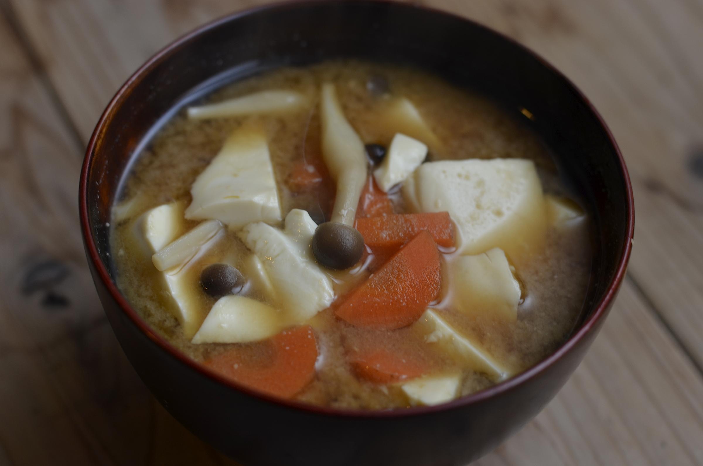 迷ったら入れてみよう!味噌汁に入れる具のおすすめ組み合わせ!のサムネイル画像