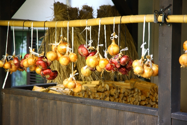玉ねぎの日持ちは?玉ねぎをおいしく長く保存したいとおもったら!のサムネイル画像