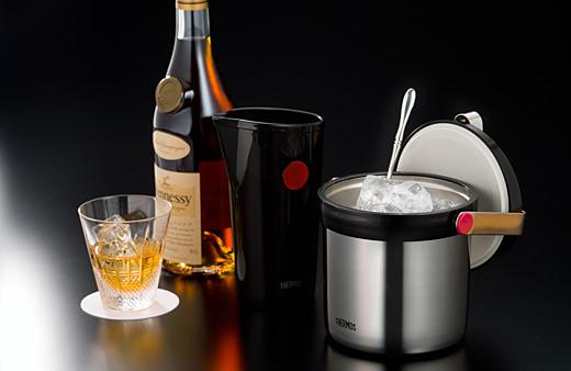 アイスペールって何?お酒を飲む時にあると便利なその使い方!のサムネイル画像
