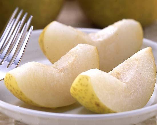 """水分をたっぷりと含んでいる""""梨""""の栄養についてご紹介しますのサムネイル画像"""
