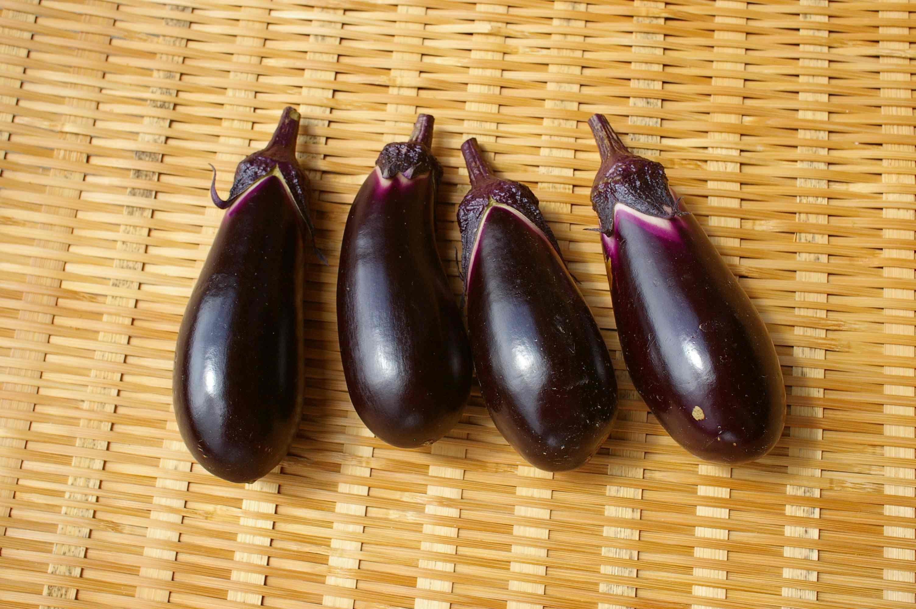 意外と少ない?なすの栄養についてご紹介&なすを使ったレシピご紹介のサムネイル画像