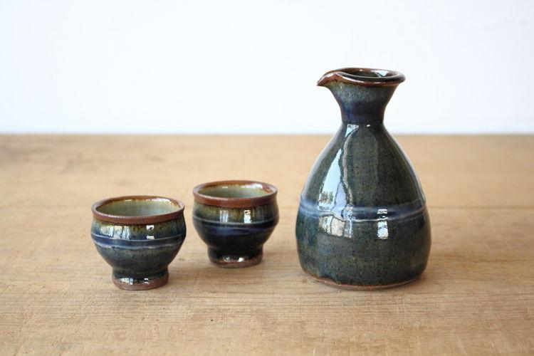 意外と知らない?日本酒を美味しく飲むための徳利の使い方♪のサムネイル画像