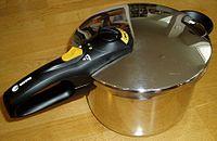 圧力鍋のパッキンは消耗品。圧力鍋を長く愛用するために必要なこと。のサムネイル画像