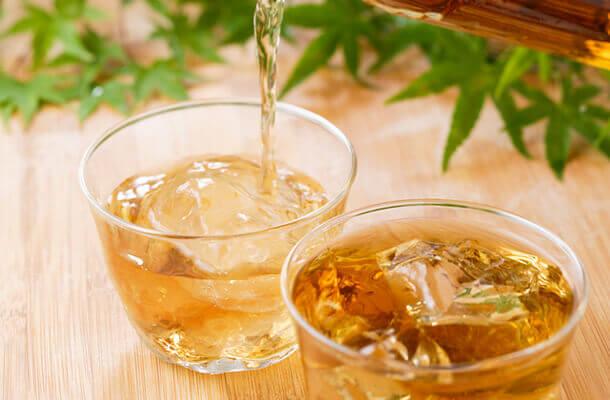 熱中症予防に!実はすごい健康飲料、麦茶の効能をご紹介します!のサムネイル画像