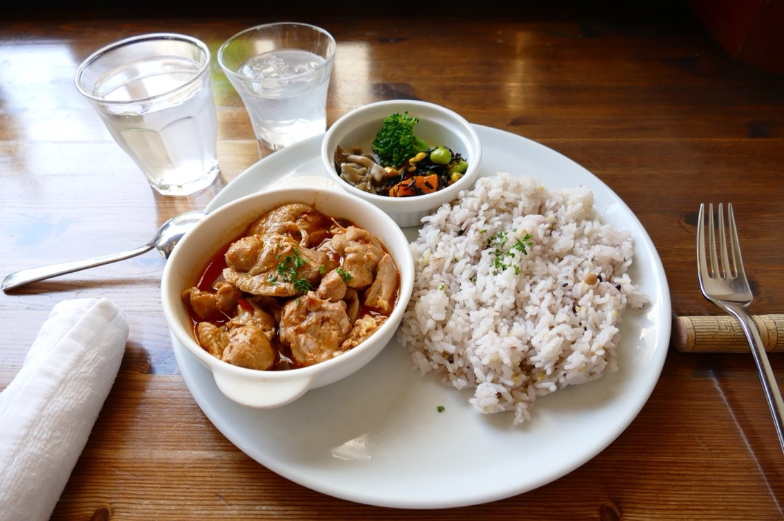 ライブ前の腹ごしらえ!高円寺でおいしいランチを食べてみない?のサムネイル画像
