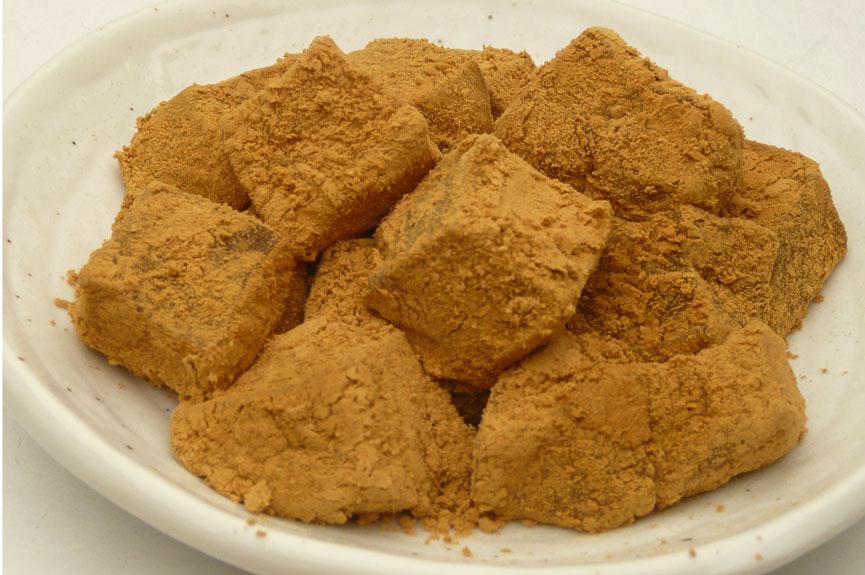 夏においしい!家にある材料でも簡単に作れる♪わらび餅の作り方のサムネイル画像