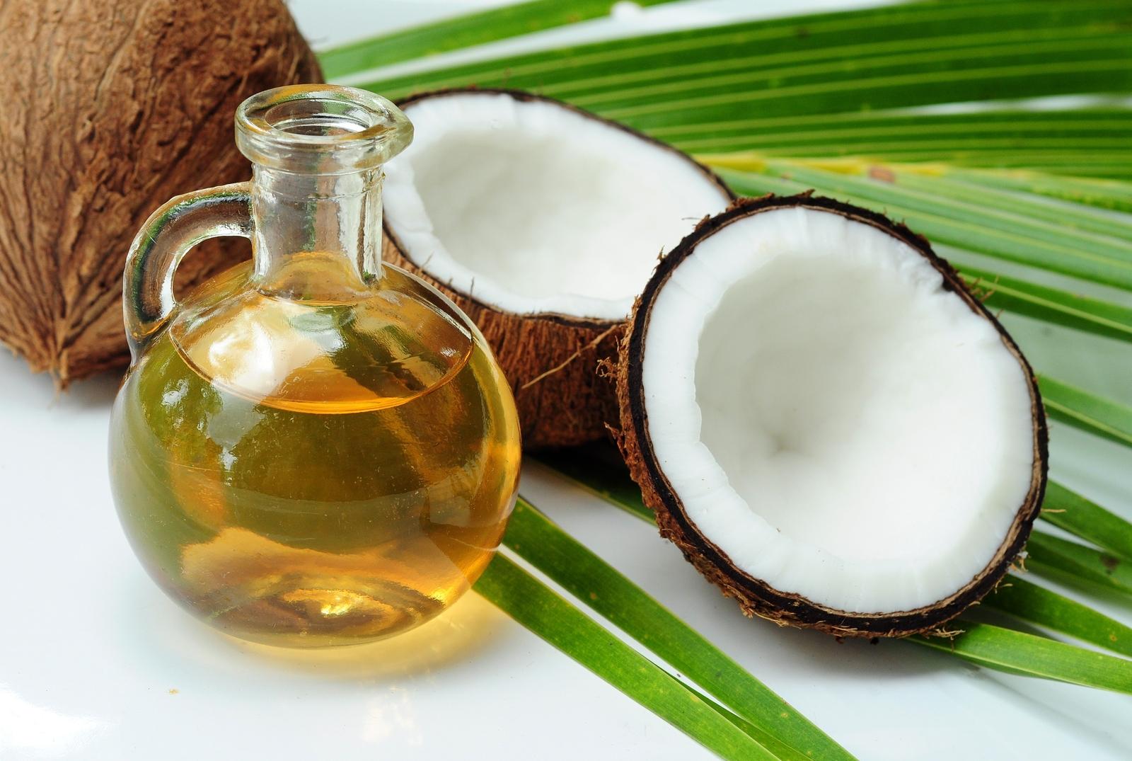 今流行りのココナッツオイル。気になるダイエットの効果は?のサムネイル画像