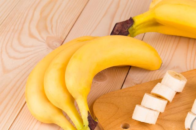 離乳食でバナナはいつから?簡単離乳食期別レシピも紹介しますのサムネイル画像