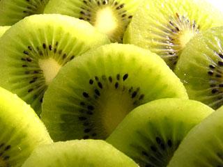 栄養豊富でお肌にもいい果物「キウイ」 キウイの保存方法をご紹介!のサムネイル画像