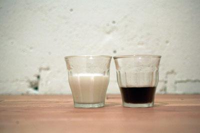 【カフェオレ?カフェラテ?】「ミルクコーヒー」についてのあれこれのサムネイル画像