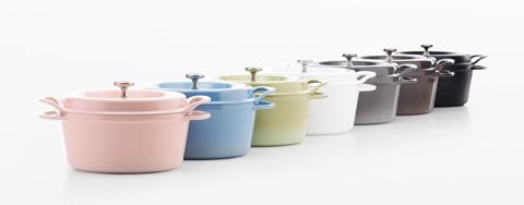 かわいくて優れものぞろい。人気の高い日本製ホーロー鍋をご紹介のサムネイル画像