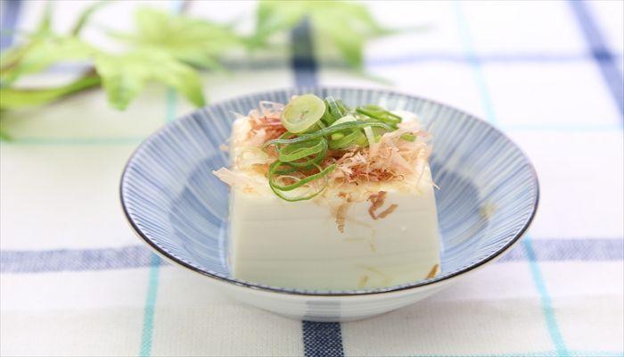 豆腐は賞味期限が短いですが、高たんぱく低カロリーの食品ですのサムネイル画像